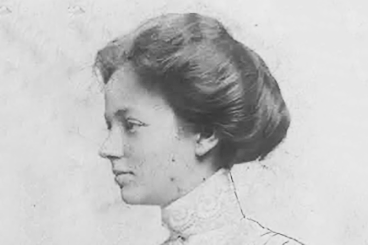 Laura Weill